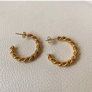 14k Gold Twisted Minimalist Hoop Earrings